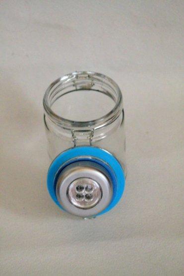 Leuchtglas Push Light ankleben